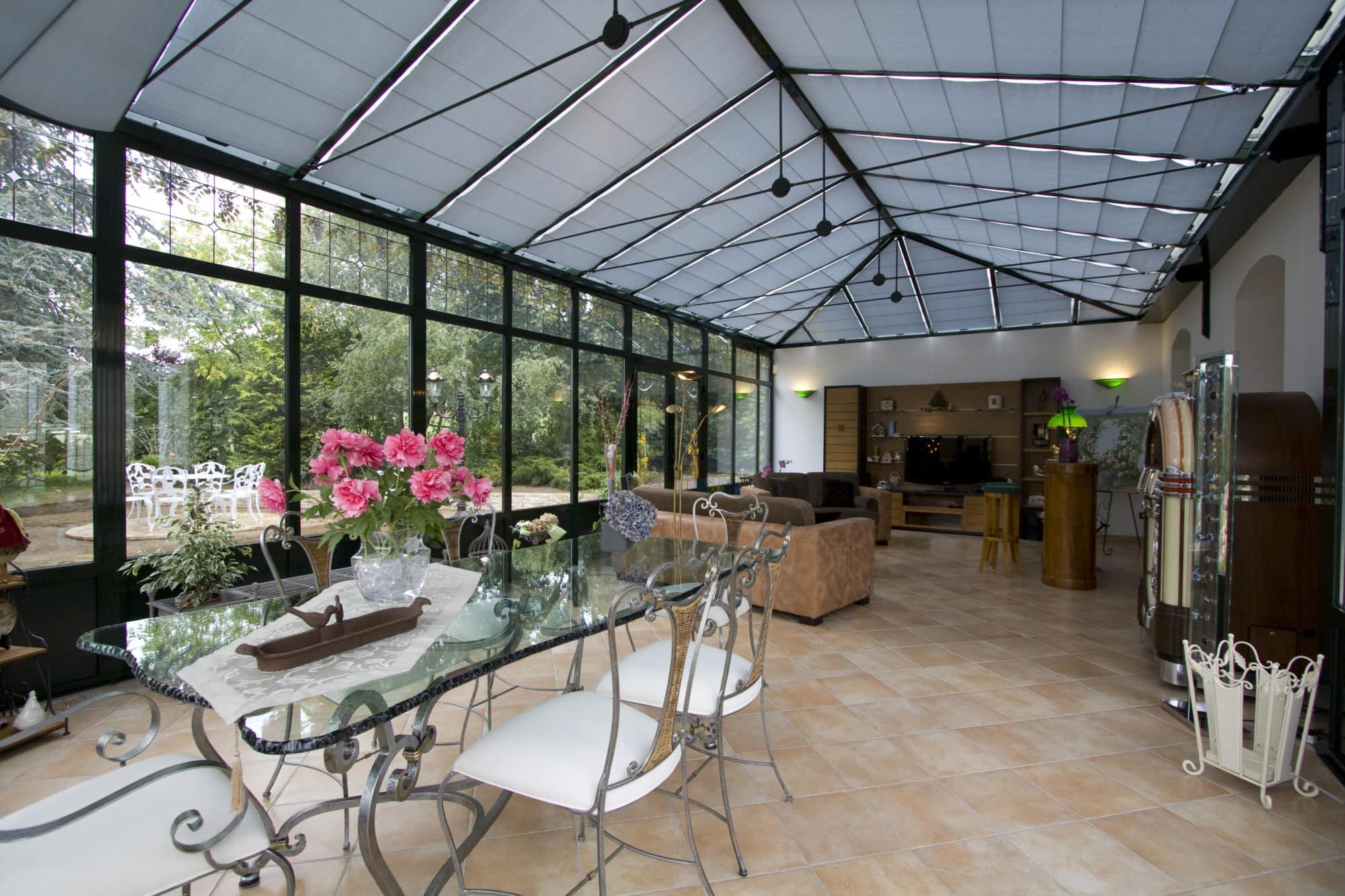 store co store de v randa sur mesure protection solaire. Black Bedroom Furniture Sets. Home Design Ideas