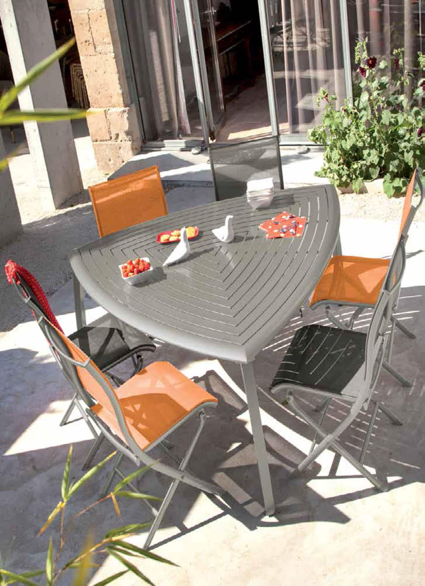 Mobilier repas store and co - Salon de jardin barcelona ...