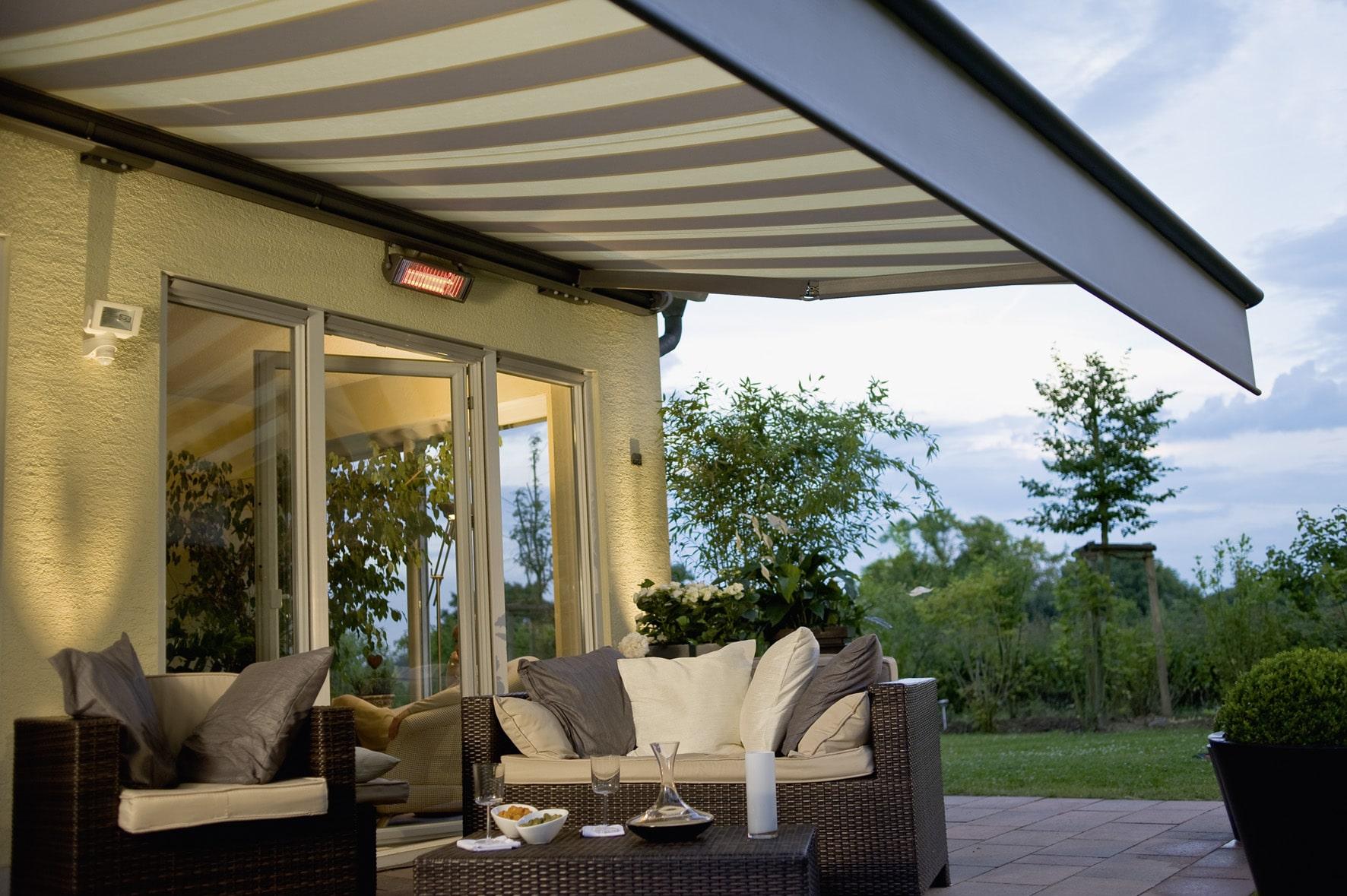 store banne design rglage des with store banne design elegant veranda interieur design maison. Black Bedroom Furniture Sets. Home Design Ideas